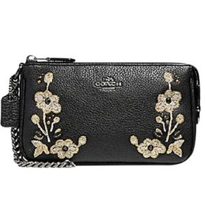Nwt Coach Black Leather Embroidered Wristlet Bag